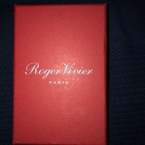Roger Vivier Accessories - Roger Vivier phone case never used